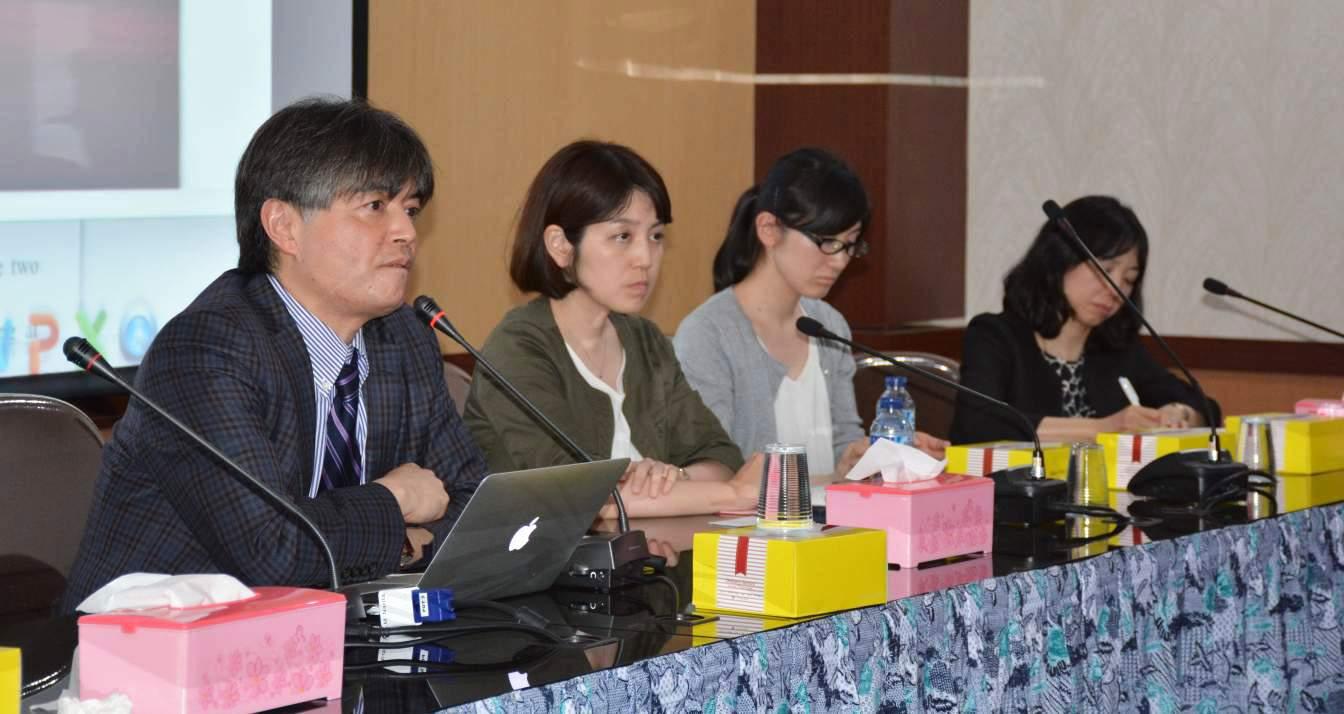 Dari kiri ke Kanan Professor Minoru Narita, Ph.D. - Dr. Naoko Kuzumaki - Dr. Miho Kawata - Ms. Michiko Narita