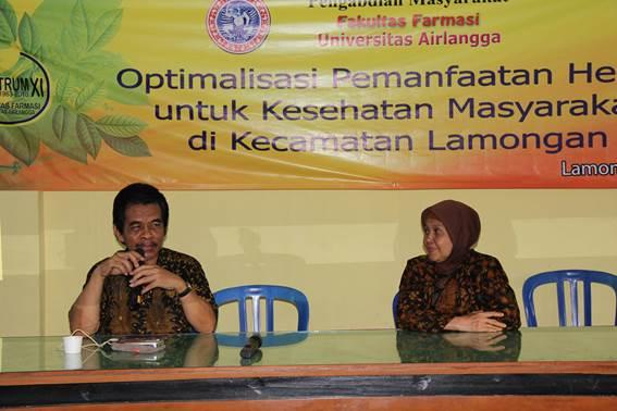 Drs. Herra Studiawan, MS, Apt. dan Dra. Rakhmawati, MS., Apt. berbagi pengalaman pribadi pemanfaatan tanaman obat untuk kesehatan.
